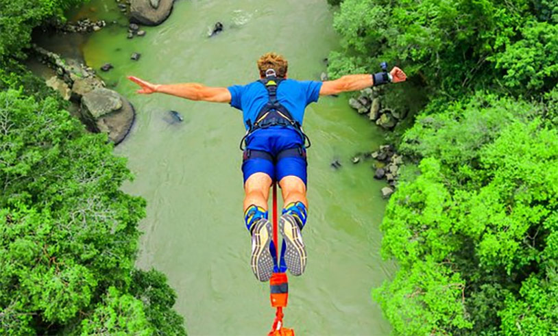 Man Sues Bungee Jump Company For Ruptured Testicle