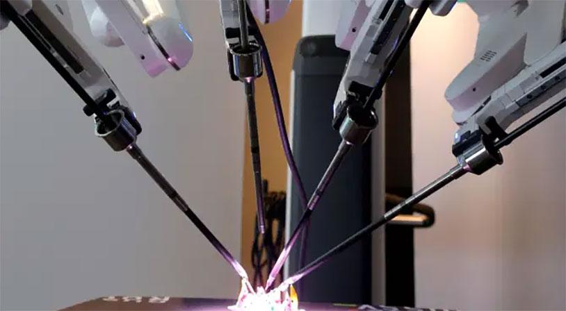 Robot Surgeon Saves Man After Testicular Cancer Spreads